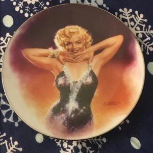 The Bradford Exchange Marilyn Monroe Plate